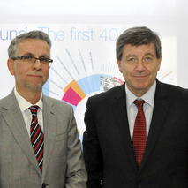 Juan Menéndez-Valdés, Director, Eurofound with Guy Ryder, Director-General, ILO