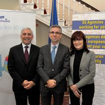 From left to right, Christian Archambeau, Vice-President of OHIM, Juan Menéndez-Valdés, Director and Erika Mezger, Deputy Director, of Eurofound